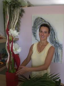 """Monica Maffolini nel suo negozio """"Il Fiore"""", sito in PianCamuno (BS)"""